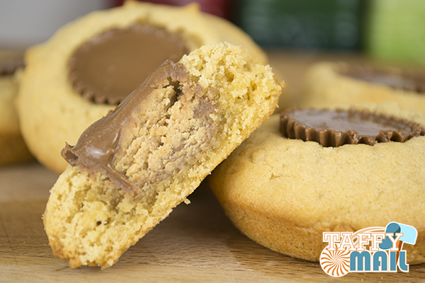 American Candy Reese's Peanut Butter Cup Cakes Finished