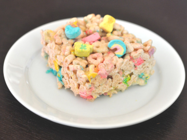 12 American Cereal Recipes You Can Eat For Dessert!